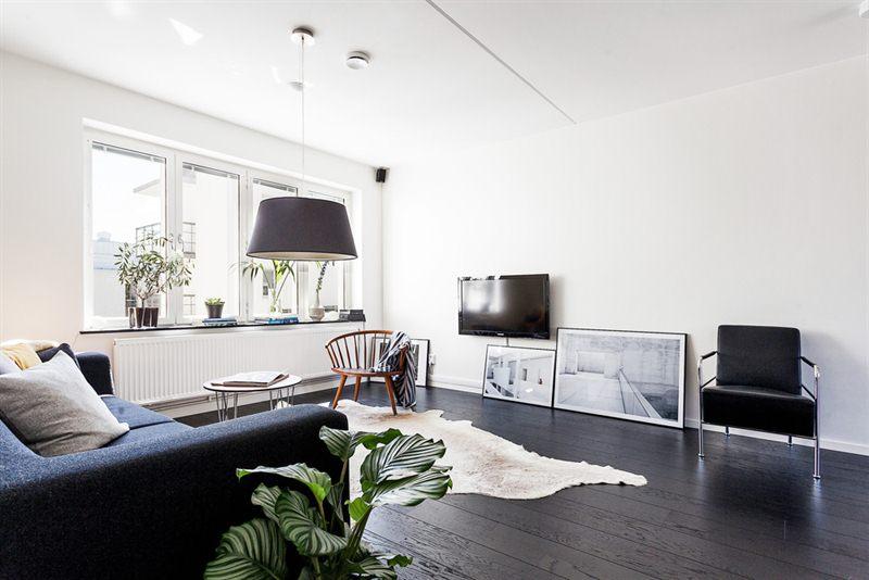 Suelo de madera negro blog decoraci n estilo n rdico delikatissen - De que color pinto las puertas de mi casa ...
