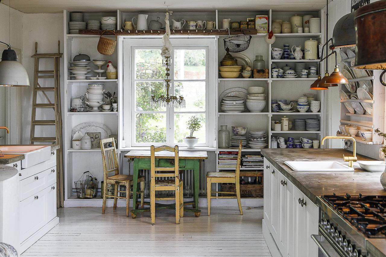 vintage nrdico cocina sueca blanca cocina rstica blanca cocina nrdica cocina grande decoracin cocina de campo