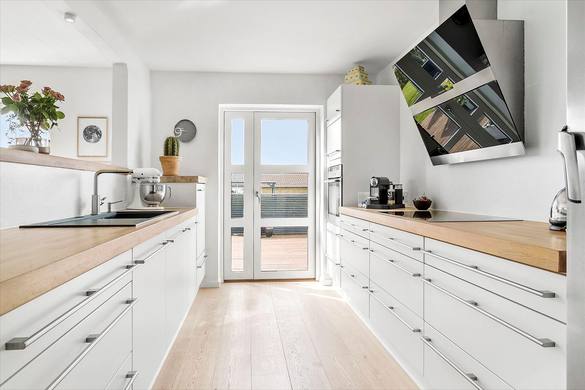 Cocina n rdica en paralelo blog tienda decoraci n estilo for Cocinas en paralelo