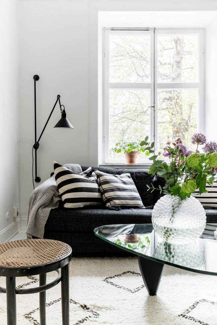 diseño escandinavo cocinas pequeñas cocinas nórdicas cocinas negras cocinas abiertas Campana extractora redonda blog decoración nórdica