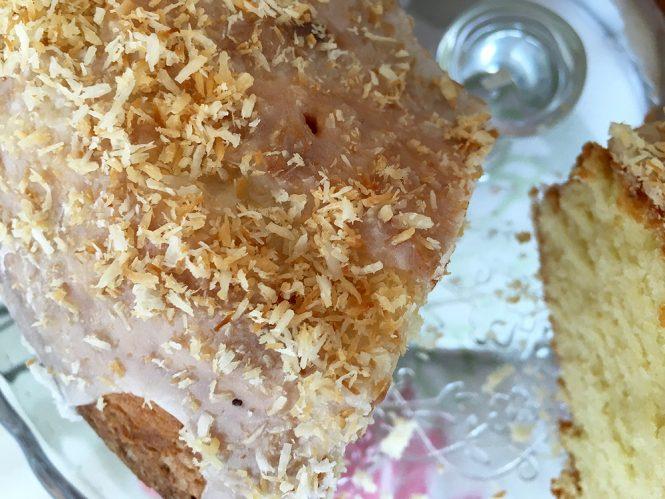 Coconut bundt cake (bizcocho delicioso y jugoso de coco)
