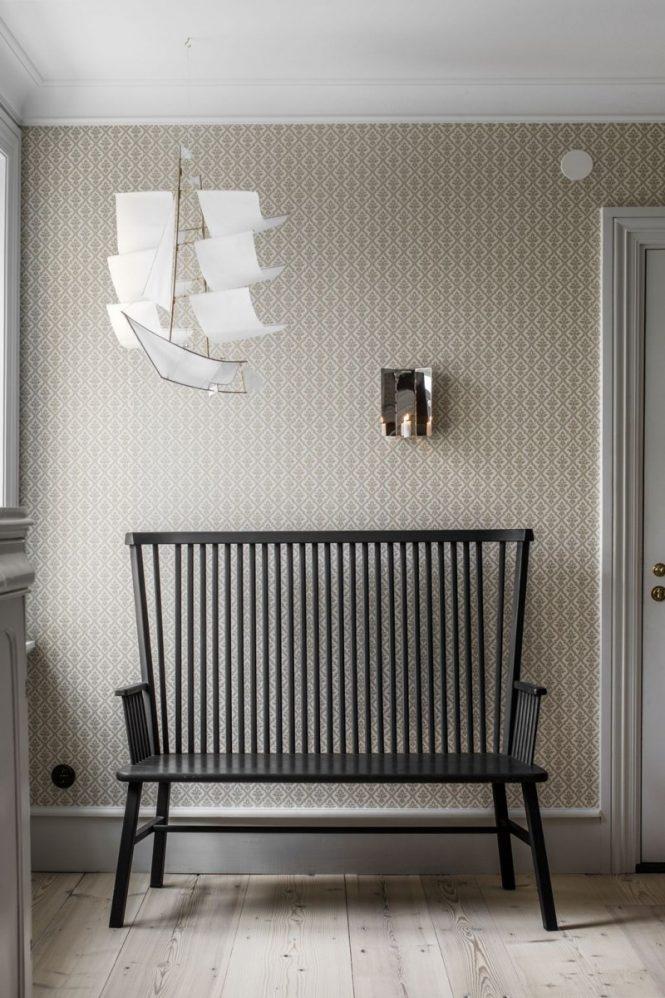 sofa blanco pared gris muebles viejos y modernos estilo escandinavo decoracion tradicional decoración moderna colores nórdicos casa sueca casa museo casa estilismo