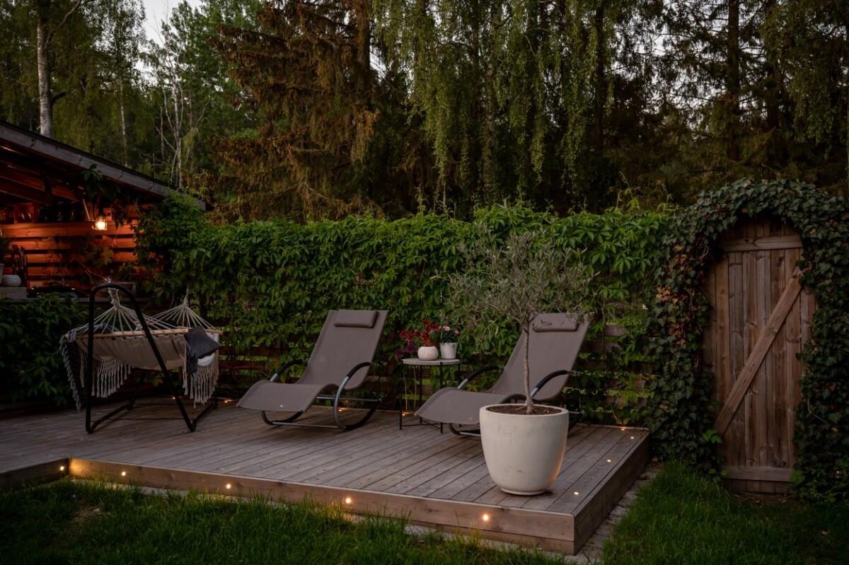 Luz de ambiente para el verano en exteriores